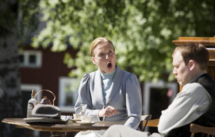 Hemsoborna, Madam Flod Susanne Gunnersen